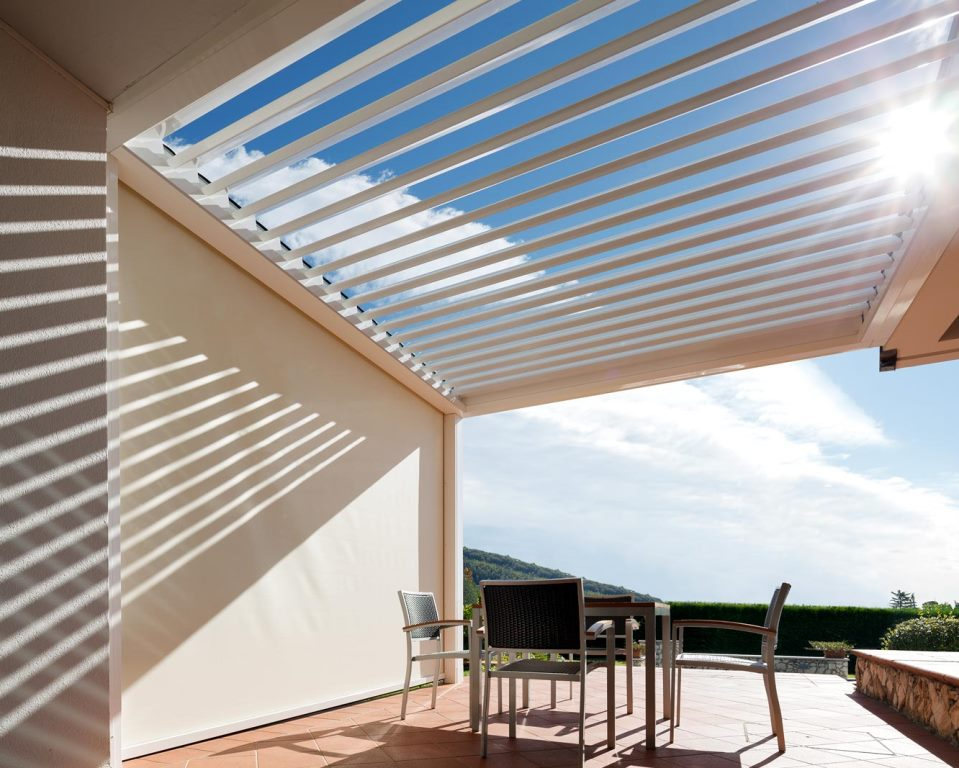 aluminium pergola enviroblinds. Black Bedroom Furniture Sets. Home Design Ideas